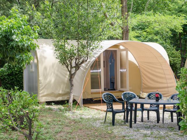 Comment réserver son emplacements au camping Les Plans ?
